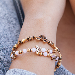 10% off Alex and Ani